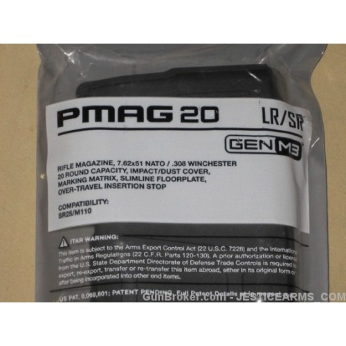 This photo clearly shows the dot matrix on the Gen3 PMAG, as well as the